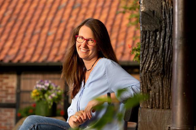 Kandidatin Jana Broeker-Stockhoff für den Gemeinderat Ostercappeln und Bürgermeisterkandidat*in